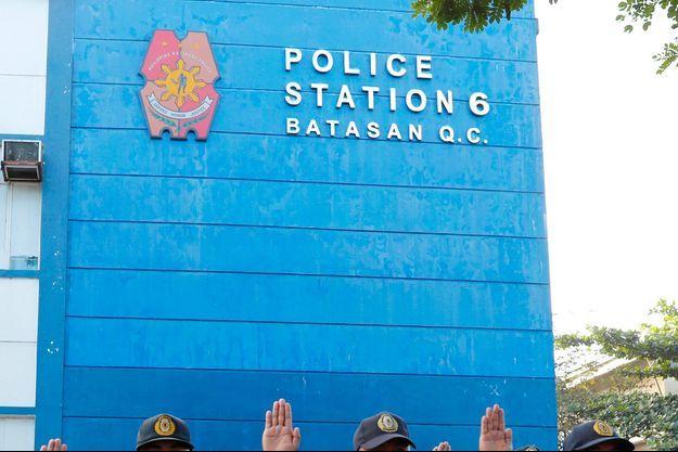 Soupçonné d'agressions sexuelles sur des enfants de choeur, un prêtre américain a été arrêté et va être expulsé des Philippines (image d'illustration).