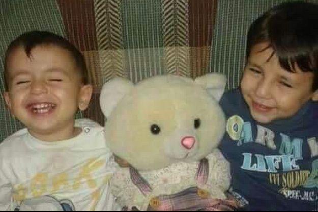 Aylan et Gulip, les deux frères syriens dont les corps sans vie ont été retrouvés sur une plage de Bodrum, en Turquie.