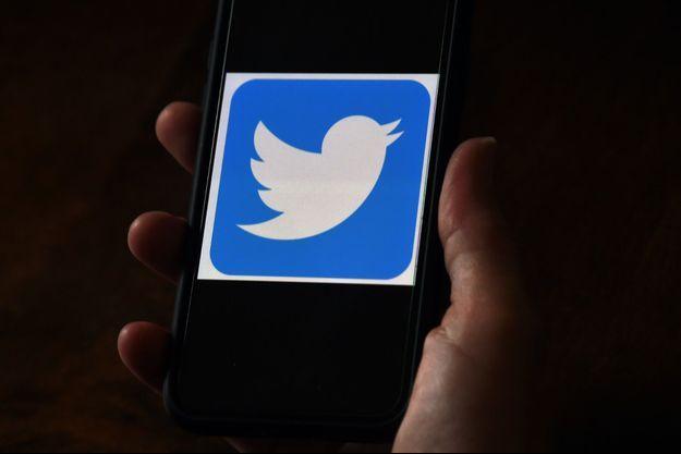 Des comptes Twitter de personnalités ont été visés par un piratage massif mercredi.