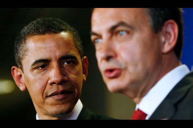 Barack Obama et José Luis Rodriguez Zapatero, à Prague. Le président américain aurait jugé le précédent sommet UE-USA inutile.