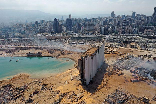 Vue aérienne, le lendemain de la catastrophe à Beyrouth.
