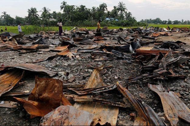 Un marché rohingyas brûlé. Image d'illustration.