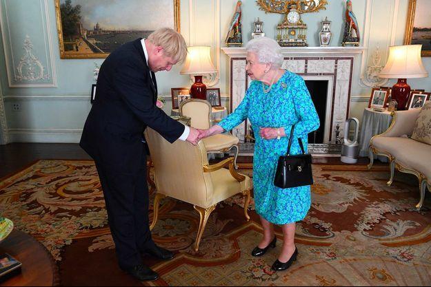 Boris Johnson, Elizabeth II