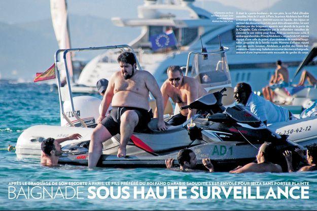 A Formentera, une île au sud d'Ibiza, le 23 août. Sortie en mer pour le prince Abdelaziz ben Fahd, 41 ans.