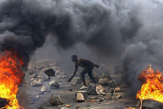 Ici une des manifestations du 13 janvier 2016 à Bujumbura capitale du Burundi, à l'issue desquelles des opposants seront été torturés à mort