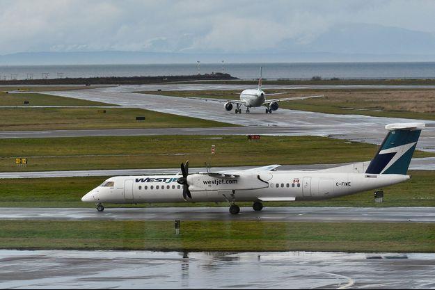 Un avion de la compagnie Westjet.