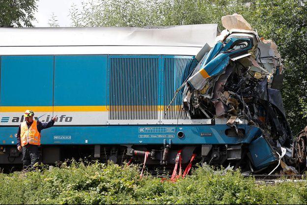 Sur les lieux de l'accident, mercredi, en République tchèque.