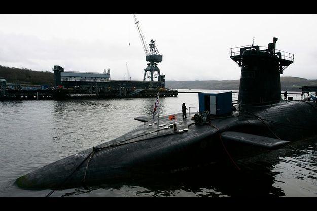 """Le sous-marin britannique """"HMS Vanguard"""""""