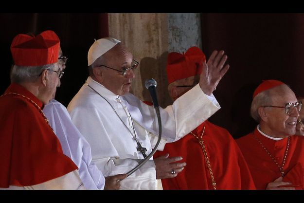 Jorge Mario Bergoglio (en blanc) a choisi de s'appeler François.