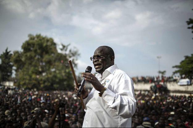 Guy-Brice Parfait Kolélas en campagne le 17 mars 2016 à Brazzaville.