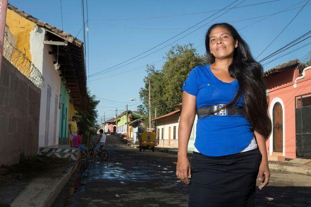 Antonia Barahona, 31 ans, mère de quatre enfants femme bâtisseuse au Nicaragua