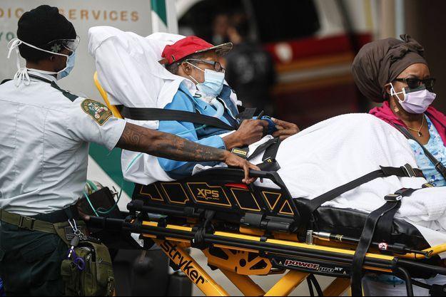 Le nombre d'hospitalisation est stabilisé à New York.