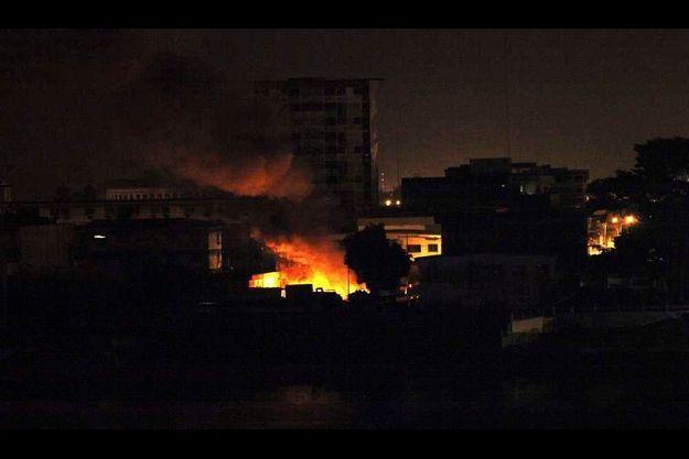 Un bastion des pro-Gbagbo attaqué cette nuit dans le quartier de Treichville à Abidjan.