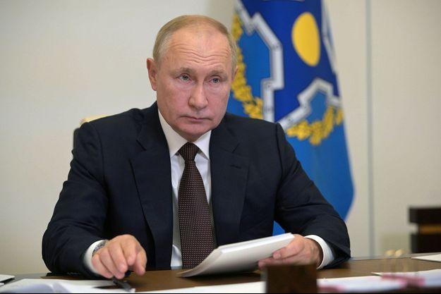 Vladimir Poutine en visio-conférence.