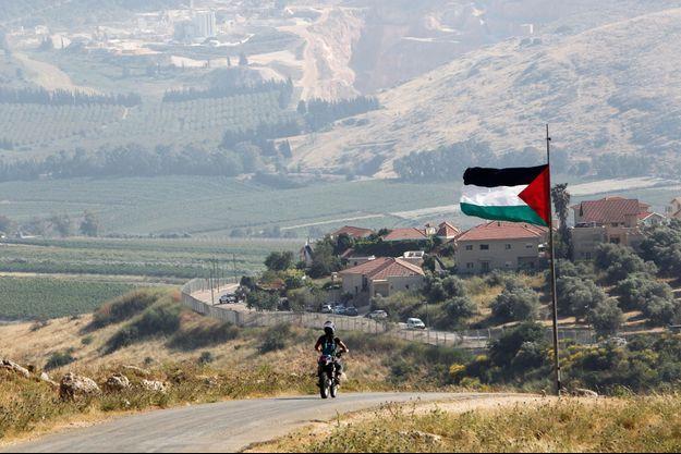 Un drapeau palestinien flottant à Khiam, au Liban, le 14 mai 2021.