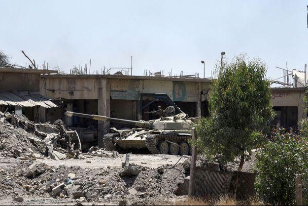 Un char de l'armée irakienne dans les rues de Mossoul, lundi (image d'illustration).