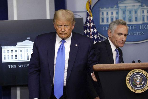 Le président Donald Trump et son conseiller Scott Atlas, le 23 septembre dernier.