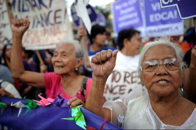 Manifestation à Manille: ces femmes demandent justice pour celles qui ont été des esclaves sexuelles pour les soldats japonais durant la Seconde guerre mondiale.