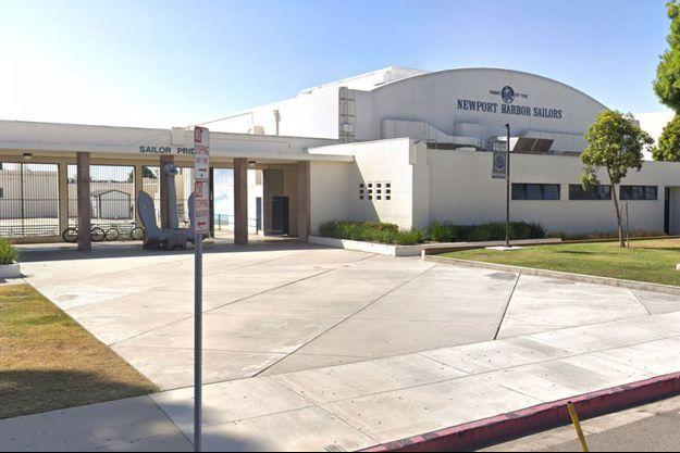 Lycée Newport Harbor à Newport Beach.