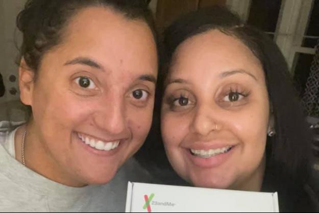 Julia Tinetti, 31 ans et Cassandra Madison, 32 ans, sont soeurs