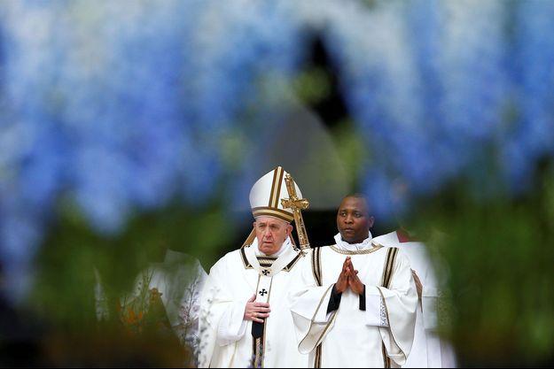 Le pape François dimanche.
