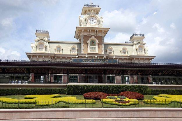 Le parc Disney d'Orlando, en Floride, a rouvert avec une limite de visiteurs.