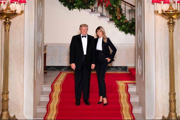 Donald et Melania Trump pour leur dernier portrait de Noël officiel.