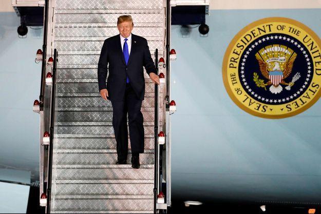 Donald Trump arrive à Singapour pour une rencontre historique avec Kim Jong-un