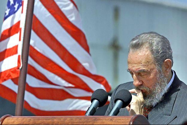 Fidel Castro a été un ennemi historique des Etats-Unis depuis les années 60. Photo prise en 2002.