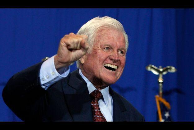 Malade, Ted Kennedy s'était tout de même engagé aux côtés de Barack Obama.