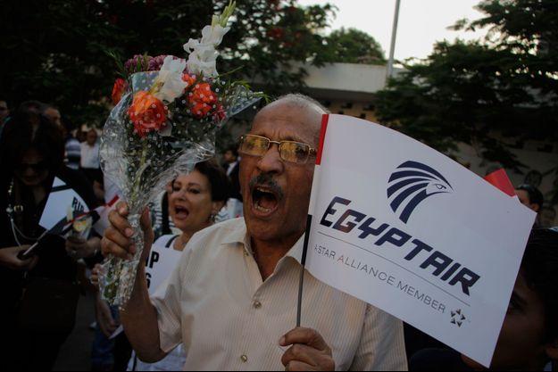 Mercredi 26 mai 2016 : Veillée en l'honneur des victimes du vol MS 804 d'Egyptair.