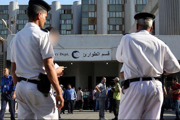Des policiers au Caire (image d'illustration).