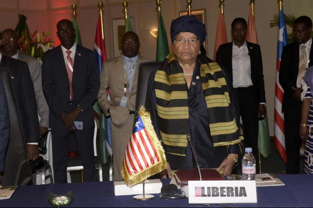 Ellen Johnson Sirleaf succède à Macky Sall.
