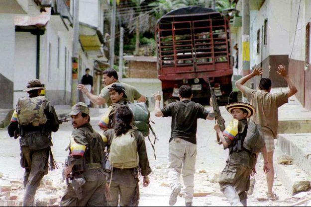 Une image des Farc, en 1999 en Colombie