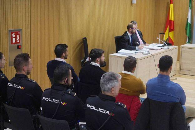 Les quatre accusés à l'ouverture de leur procès à Cordoue, en novembre 2019.