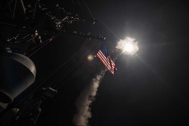 Cinquante-neuf missiles Tomahawk ont été tirés.