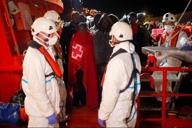 Des migrants secourus par l'ONG espagnole Proactiva Open Arms, le 24 décembre 2018.
