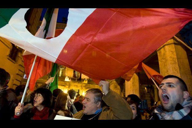 Des manifestations de soutien au père d'Eluana, hier, devant le Sénat.