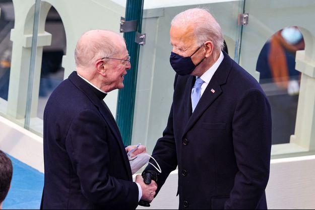 Leo O'Donovan et Joe Biden le jour de l'investiture le 20 janvier 2021.