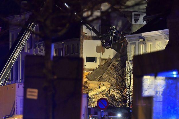 Sur les lieux de l'explosion, en Belgique.