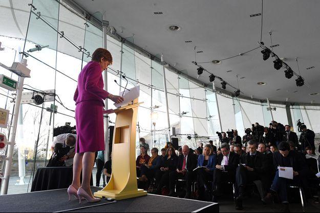 Nicola Sturgeon, la Première ministre écossaise, vendredi à Edimbourg.