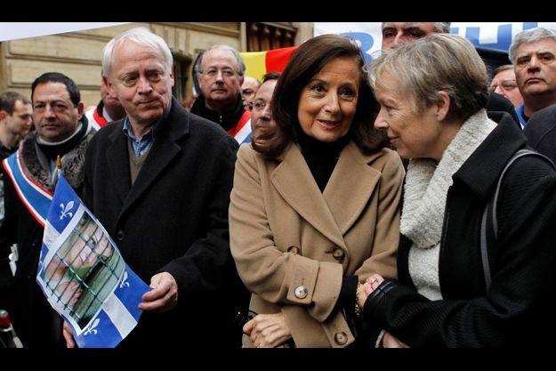 Yolanda Pulecio a manifesté aux côtés de Charlotte et Bernard Cassez.