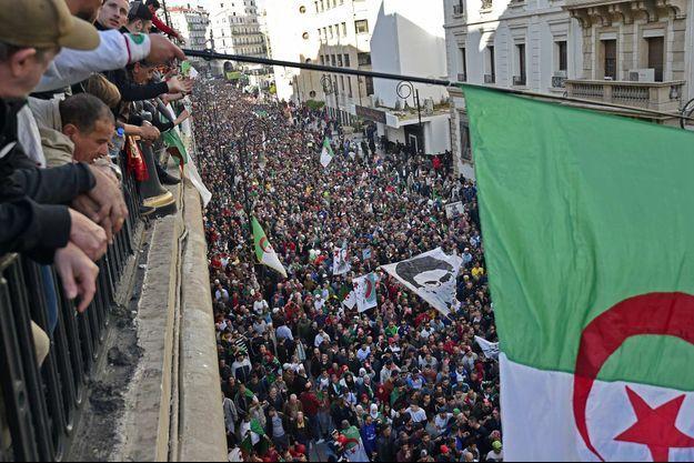 Les Algériens ont de nouveau manifesté, le 6 décembre 2019.