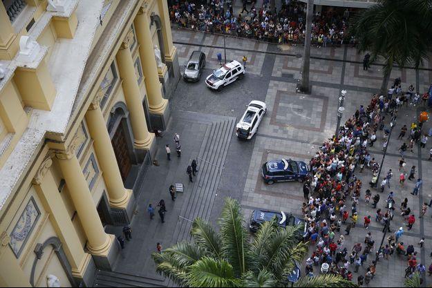 Une vue aérienne de la cathédrale de Campinas, où quatre personnes ont été tuées dans une fusillade.
