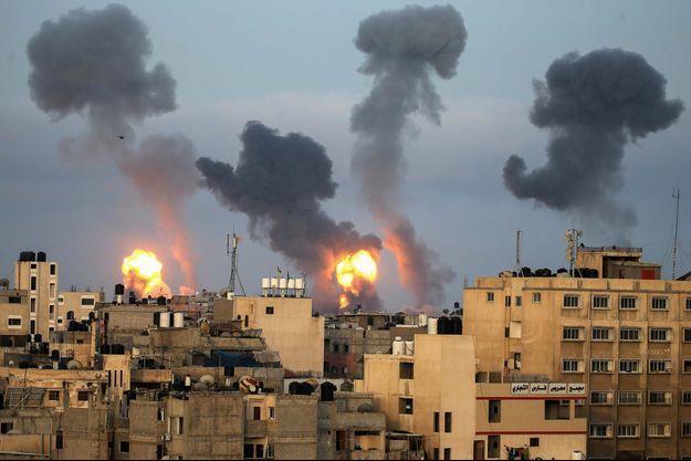 Des frappes aériennes israéliennes à Gaza.