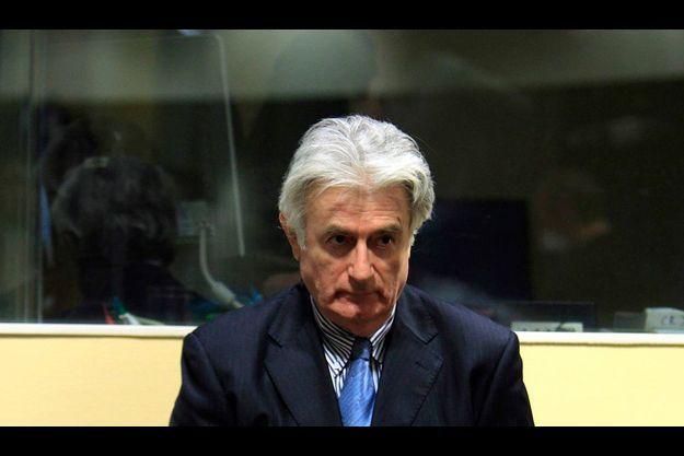 Karadzic a refusé de comparaître, lundi, à son procès – qui pourrait durer trois ans – à La Haye.