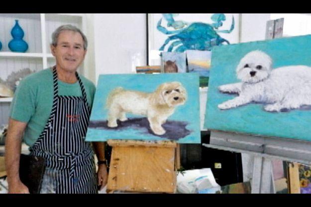 George W. Bush devant l'une de ses oeuvres, filmé par la Fox.