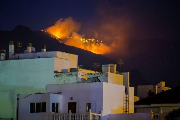 L'incendie ravageait encore lundi Grande Canarie.