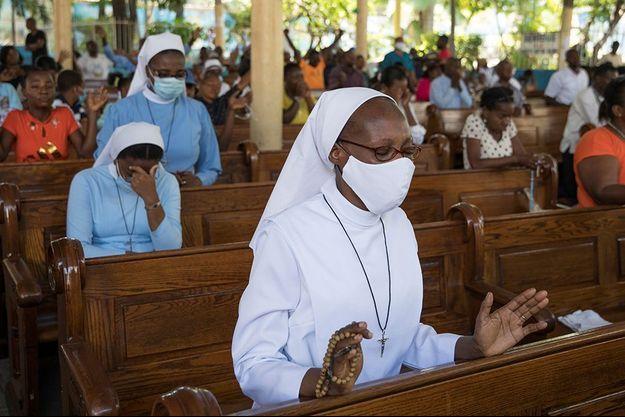 En Haïti, beaucoup de croyants ont prié pour la libération des religieux.