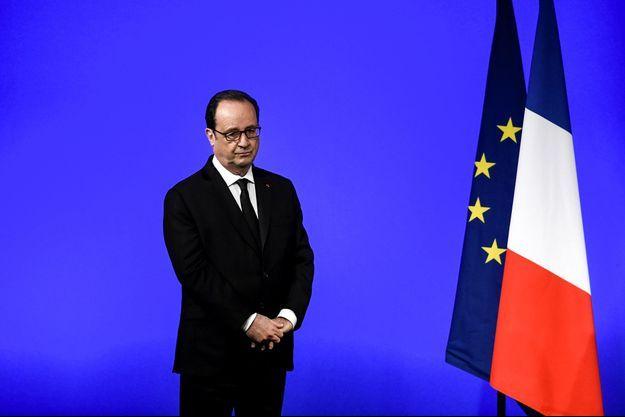 François Hollande à Vaulx-en-Velin, mardi.